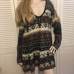 Free people size large pull over sweater